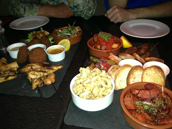Red Bar and Restaurant: Asian and Mediterranean Platters to share