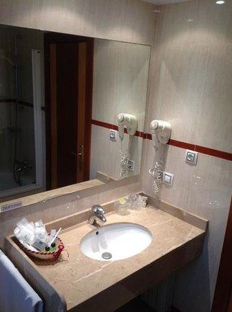 Villa de Gijon: lavabo
