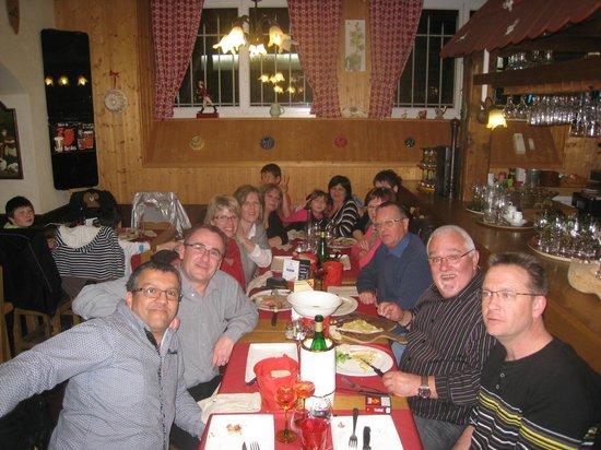 Tr s bon repas entre amis pour la f te de la jonquille for Repas entre amis hiver
