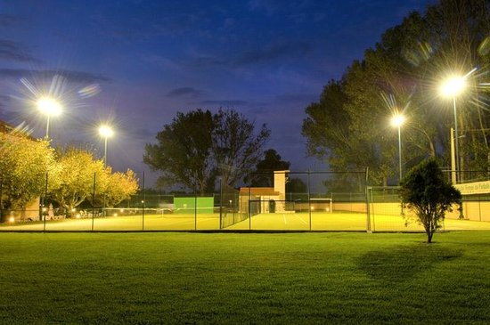 Your Hotel & Spa Alcobaça: Tennis Court/ Football Field