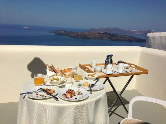 Petit Palace Suites Hotel: Breakfast