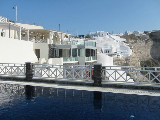 Petit Palace Suites Hotel: The pool