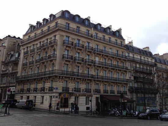 Splendid Etoile Hotel: 外観