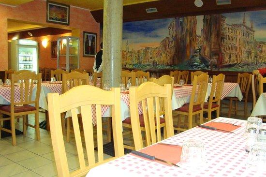 Al Vaporetto: vue du restaurant
