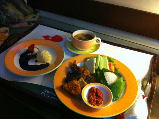 Hotel Ibis Yogyakarta Malioboro: room service