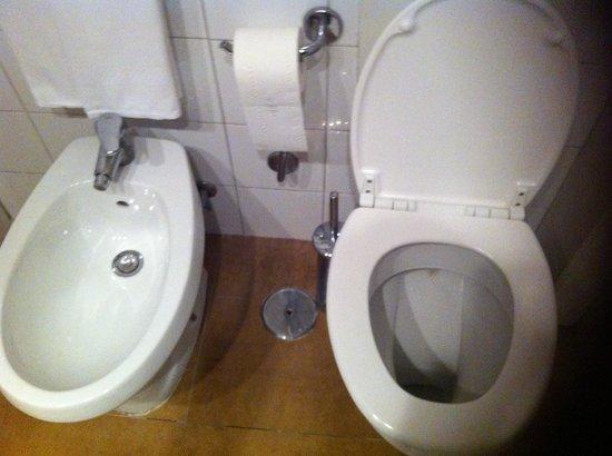 Hotel Executive: Salle de bain