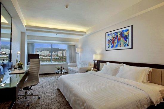 Regal Riverside Hotel : Executive Club Room