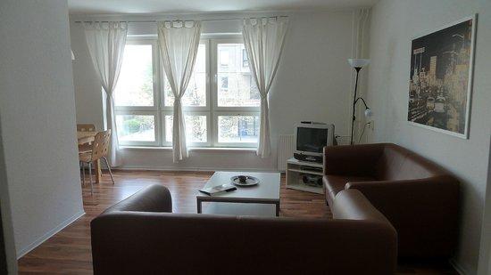 Apartments am Brandenburger Tor: Huiskamer 3slk-app 0203