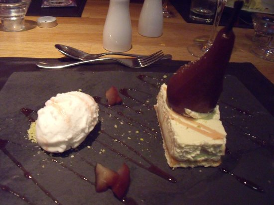 The Lime Tree: Poached pear
