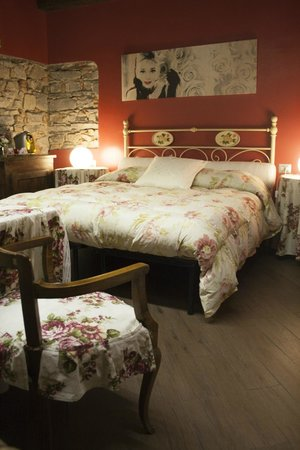 Bed and Breakfast Storico: Red room