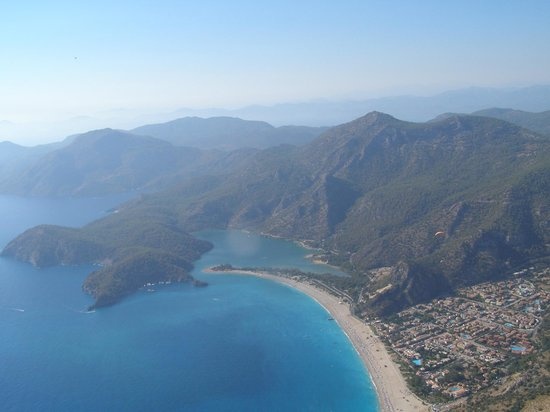 Playa de Oludeniz: Can you spot your holtel Olu Deniz