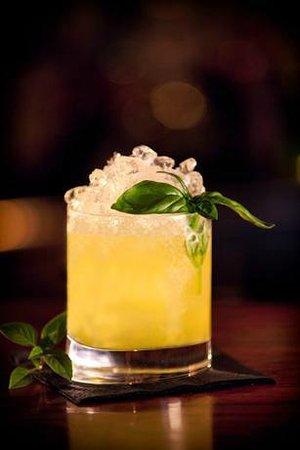 Yannis Bar: Great cocktails!