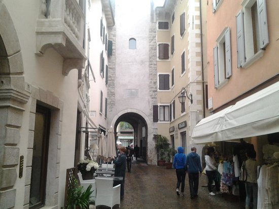 Riva Del Garda, Włochy: St Marco gate from the south