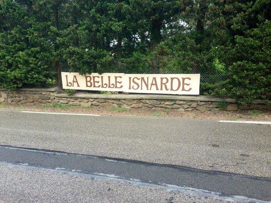 La Belle Isnarde: Dietro il giardino / cortile privato