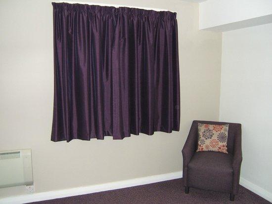 Premier Inn Grimsby Hotel: Window