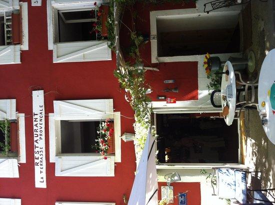 restaurant la terrasse provencale dans collobrieres avec cuisine m diterran enne. Black Bedroom Furniture Sets. Home Design Ideas