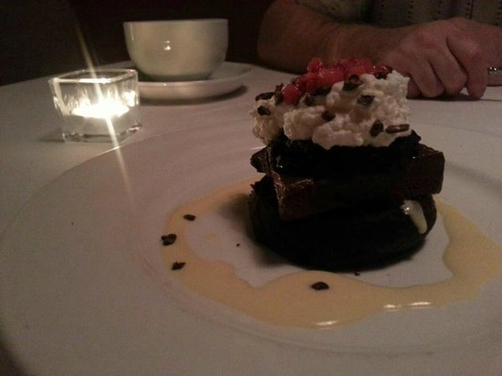 Fuel Restaurant: 4th course. Chocolate Guiness Cake