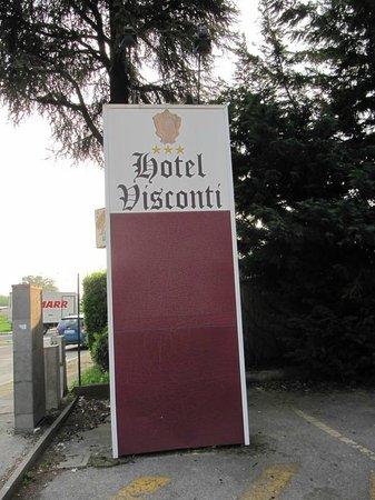 Hotel Visconti: Insegna