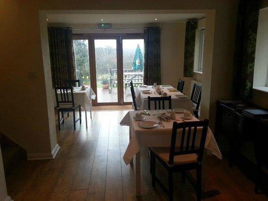 Oakside Lodge: breakfast room