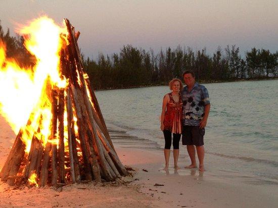 Bernie's TIki Hut: Bonfire night at Bernie's