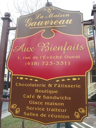 Aux Bienfaits : Les Bienfaits, située dans la Maison Gauvreau
