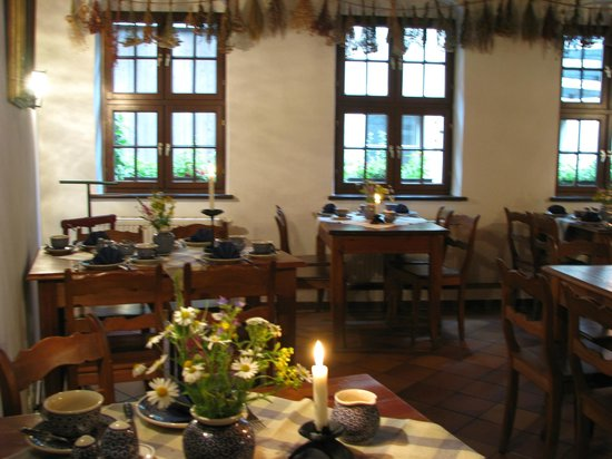 Dreibeiniger Hund: Dining/Breakfast room