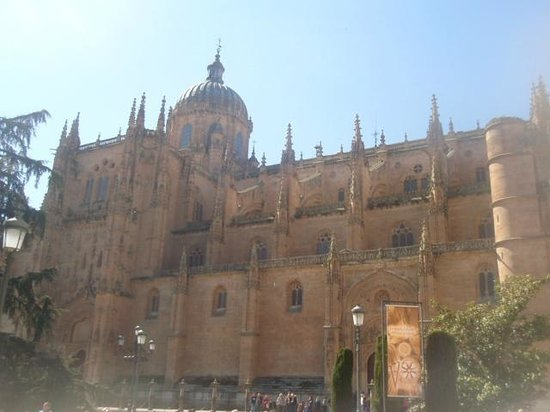 Cueva de Salamanca: The Cathedral of Salamanca