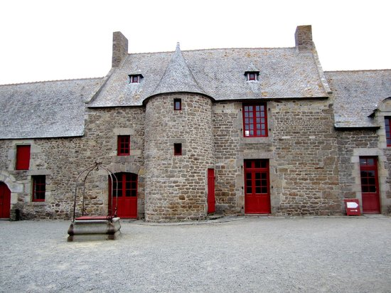 Jacques Cartier Manor House: house