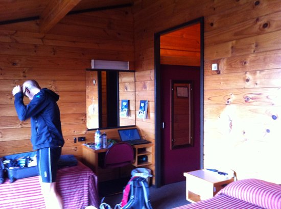 Skotel Alpine Resort: Our cosy room