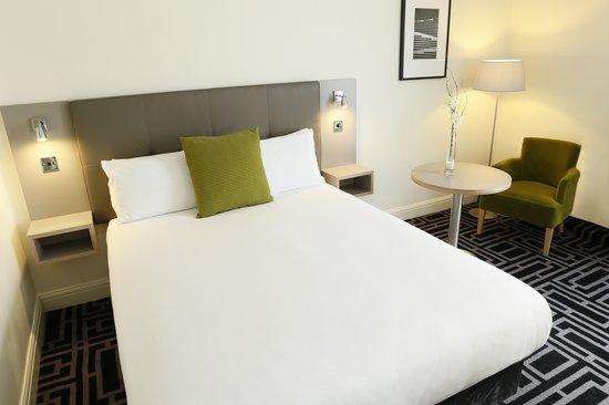 Maldron Hotel Dublin Airport : Superior Room