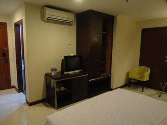 Kinabalu Daya Hotel: 部屋はそこそこ広い