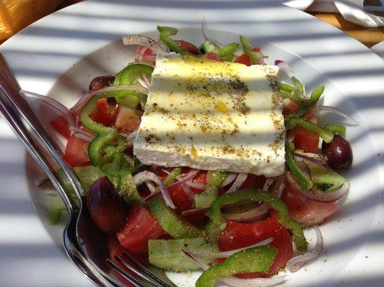 Tasos Taverna: The perfect Greek salad