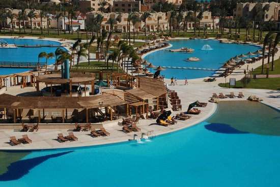 Royal Lagoons Aqua Park Resort and Spa : Swimming Pool