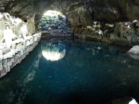 Jameos Del Agua: The cave, look out for the white crabs