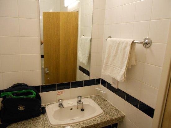 Royal National Hotel: salle de bain