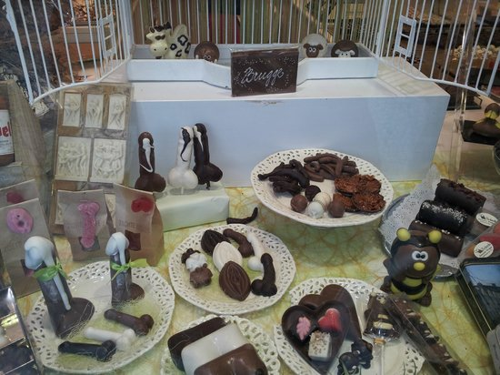 Chocolaterie Sukerbuyc : Bit naughty but equally tasty!