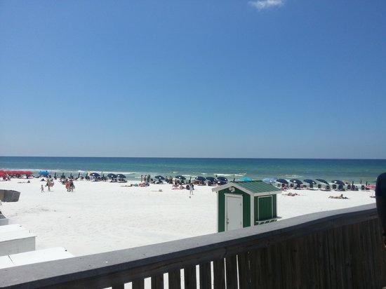 Wyndham Bay Club II: Beach at the resort