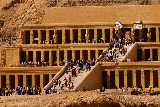 Safaga Shore Excursions : Queen Hatshepsut temple.
