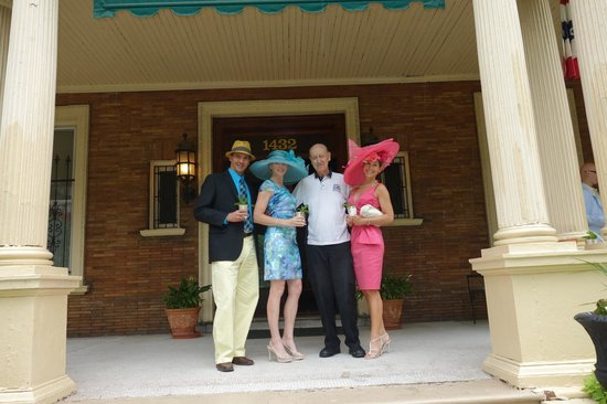 The Samuel Culbertson Mansion Bed and Breakfast Inn: Mint Juleps on the front porch