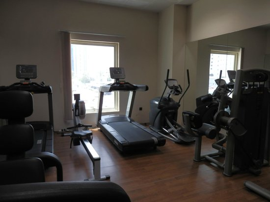 The Royal Riviera Hotel: salle de fitness