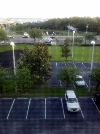 Fairfield Inn & Suites Clearwater: View of Gulf to Bay Blvd.
