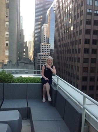 W New York: me