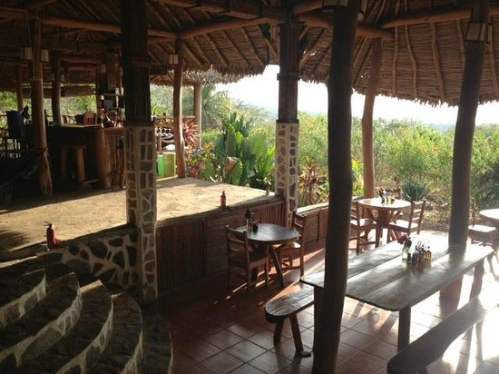 Totoco Eco-Lodge: Common dining area