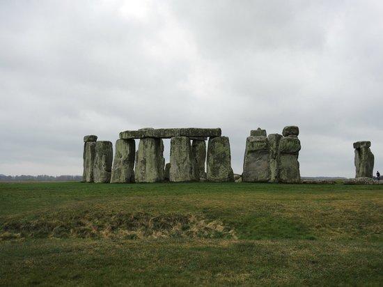 The English Bus - Day Tours: Stonehenge