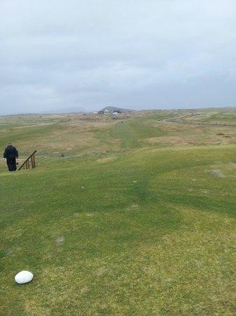 Connemara Championship Golf Links: Par 5 18th elevated tee
