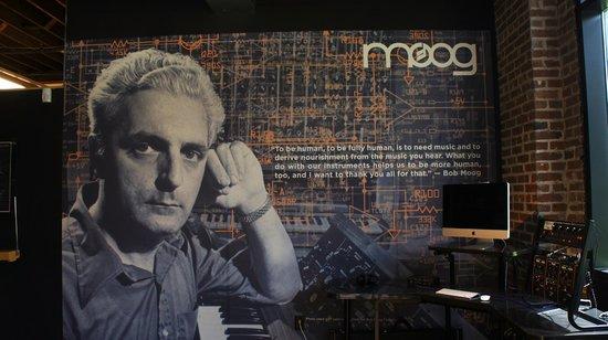 Moog Music Factory Tour: Bob Moog