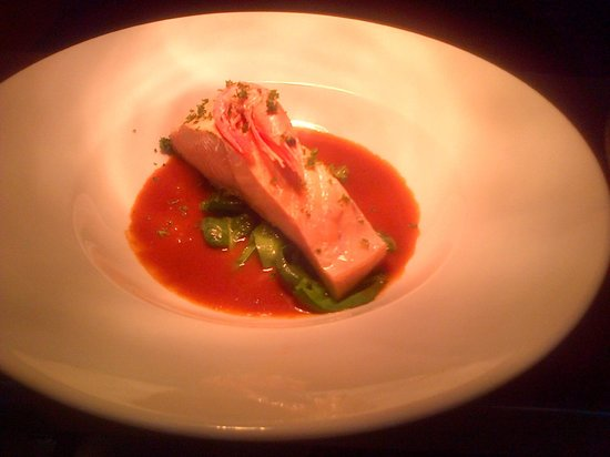 Ambitions Training Restaurant: Poach salmon with a fresh rich tomato sauce
