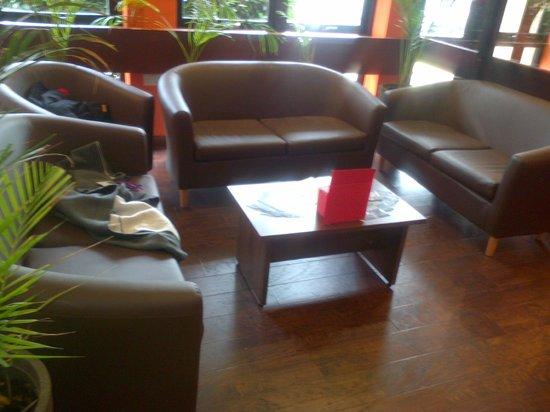Ambitions Training Restaurant: Sitting area