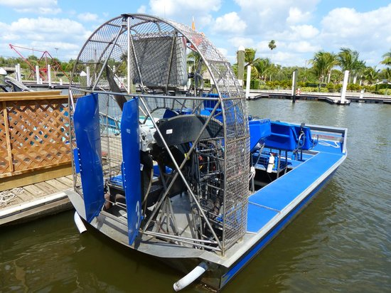 Everglades City Airboat Tours : Vue de dos