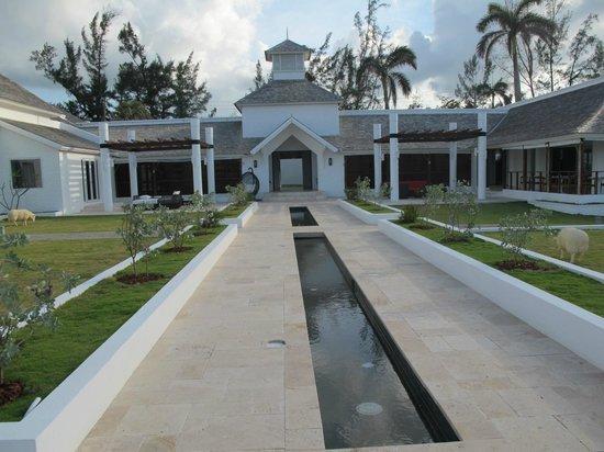 The Trident Hotel : Entrance pavilion